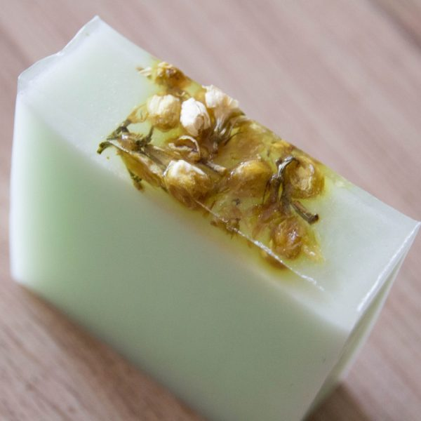 savon-apaisant-jasmin-aloe-vera-peaux-sensibles-ou-irritables (3)